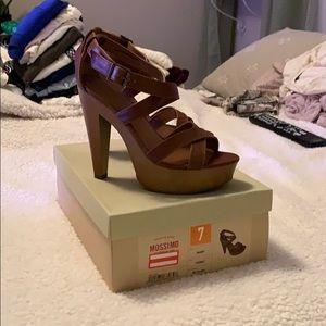 High heels, pumps